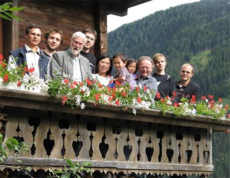 Ernst Florian Winter und österreichische Gedenk- bzw. Auslandsdiener auf Winters Bergbauernhof in Osttirol