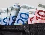 Geldscheine in der Geldbörse