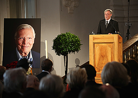 Trauerfeier für Karlheinz Böhm