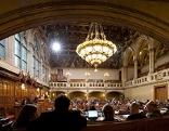 Blick in den Gemeinderatssaal