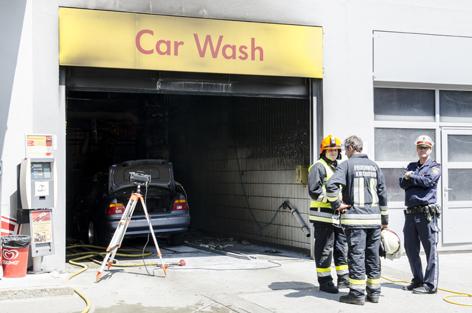 Brand Auto Waschgarage
