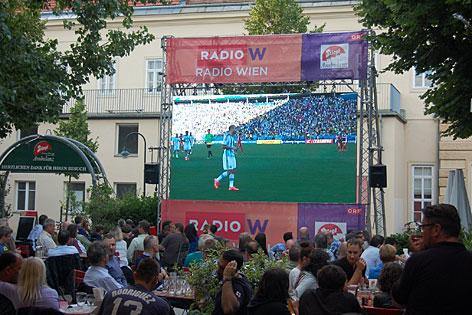 Public Viewing mit Radio Wien