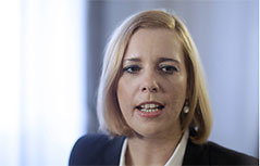 Ministerin Sonja Steßl