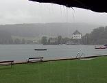 Strömender Regen im Strandbad in Mattsee (Flachgau)