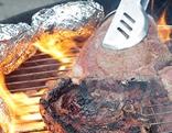 Fleisch auf einem Griller
