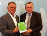 LH Hans Niessl und Umweltanwalt Hermann Frühstück