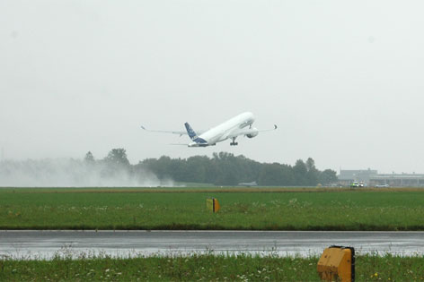 Prototyp Airbus 350-900 zum Test in Hörsching