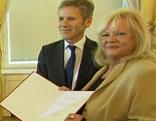 Marianne Mendt und Kulturminister Josef Ostermayer
