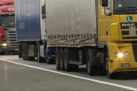 Erneute Lkw-Blockabfertigung am Samstag und Montag