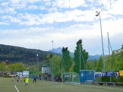 Flutlicht Sportplatz Reichenau und Besele