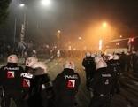 Straßenschlacht in Vöcklabruck nach Austria Salzburg vs. Sturm Graz