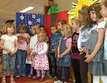 Filmszene - Kinder einer Volksschule