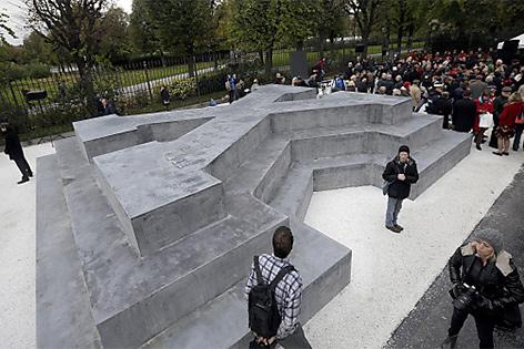 Eröffnung des Deserteursdenkmals