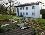 abgedecktes Dach in Neukirchen/Enknach