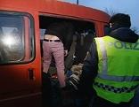 Polizei kontrolliert Klein-Lkw, Generbild Flüchtling