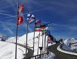 Auffahrt Gletscherstraße mit Blick auf den Großglockner (3.798 Meter)