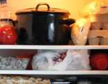 volle Kühlschrankfächer