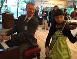 Südkoreanisches Wunderkind spielt auf Mozart-Geige
