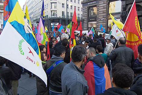 Demonstration von Kurden für Kobane