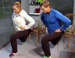 Doresia Krings und Michael Mayerhofer bei einer einbeinigen Kniebeuge