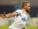 SV Scholz Grödig-Spieler Philipp Huspek jubelt  Grödig über seinen Treffer zum 2:1