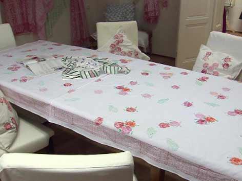 indische stoffdruckkunst aus dem stainztal steiermark heute. Black Bedroom Furniture Sets. Home Design Ideas