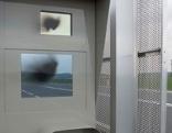 Radarboxen an der B309 beprüht