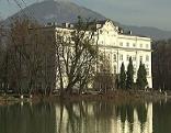 Das Schloss Leopoldskron in der Stadt Salzburg am Leopoldskroner Weiher