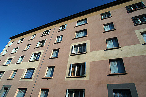 Wohnungen bzw. Wohnblock-Fassade