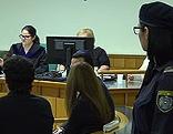 Angeklagte im Prozess um gefälschte Viagra-Pillen