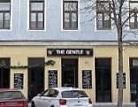 Vier bewaffnete Täter haben ein Lokal in der Pasettistraße in Brigittenau überfallen