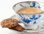 Kekse und Kaffeetasse