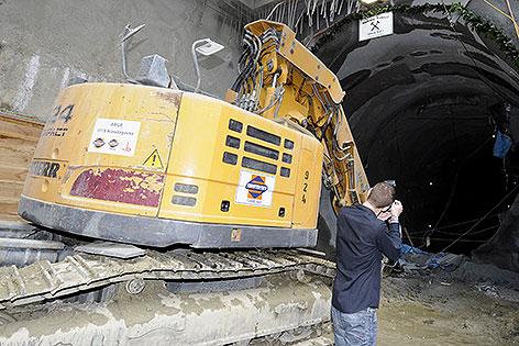 Bagger vor Tunnel für neue U1-Trasse in Wien-Favoriten