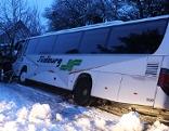 Autobus im Graben