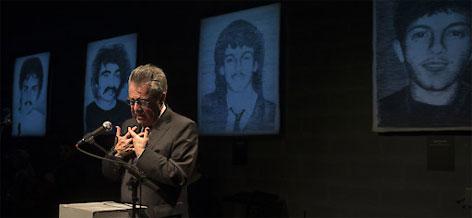 """BP Heinz Fischer anlässlich der Ausstellungseröffnung von """"Zeichnen gegen das Vergessen"""" im Offenen Haus Oberwart"""