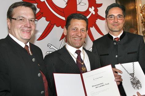 Franz Posch mit LH Günther Platter und LH Arno Kompatscher