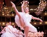 Ballettänzerin am Opernball