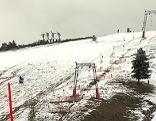 grün-weiße Ski-Piste