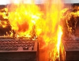 Gebäude in Brand
