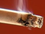 Zigaretten, Aschenbecher