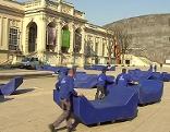 Enzis werden im Museumsquartier aufgestellt