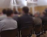 Angeklagte beim Großprozess wegen Steuerhinterziehung mit gepanschtem Diesel im Landesgericht Salzburg