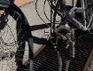 Kaputtes Fahrrad mit gebrochener Gabel