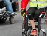 Rollstuhlfahrer fährt von Polen nach Rom