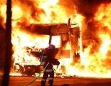 Schwertransport bei Sattledt in Flammen aufgegangen
