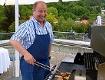 Harry Prünster am Grill