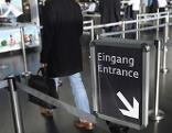 Sicherheitskontrollen Flughafen