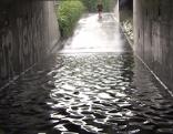 Unterführung überflutet