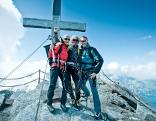 Gipfel Kitzsteinhorn mit drei Bergsteigern
