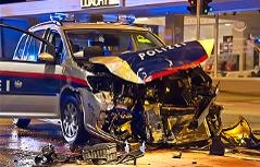 Autounfall Polizeiauto Polizei Verkehrsunfall Zusammenstoß